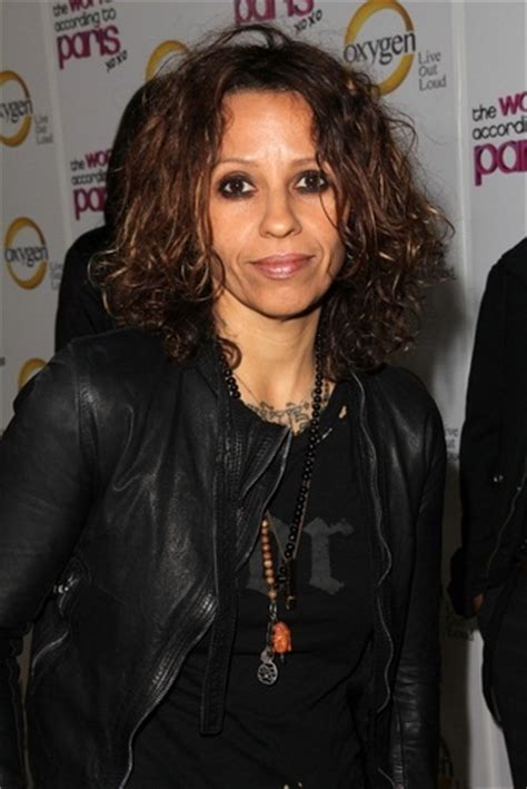 Linda Perry - Ethnicity of Celebs | What Nationality